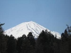 河口湖からの富士の雄姿